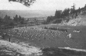 Einweihung der Sportanlage im Jahr 1932